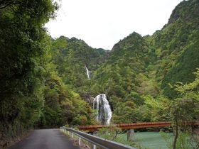 道路脇に隠された滝を探せ!国道425号はまさに滝ロード ~かくれ滝・不動滝(奈良県上北山村)