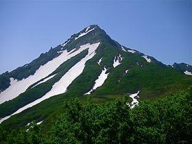 いつ登れなくなるか分からない最果ての富士へ!利尻山登山に挑戦