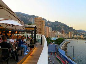 世界で一番エレガント!モナコのスタバは夕暮れ時がロマンチック