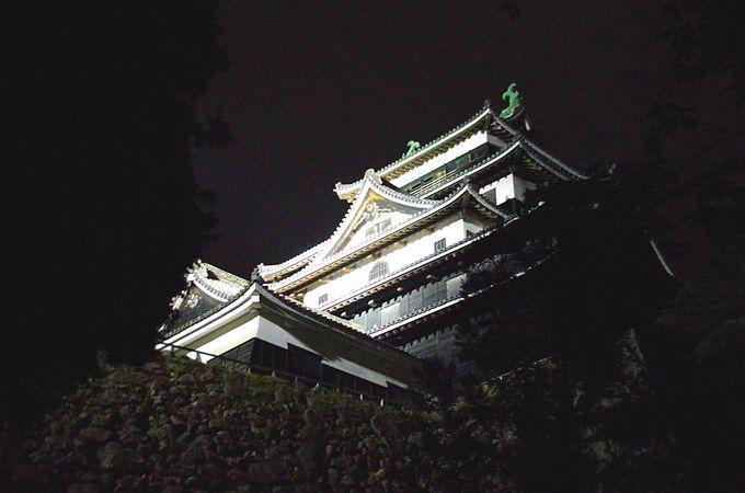 宍道湖畔の夕日を眺めて、ライトアップされた国宝松江城と城下町散策しよう
