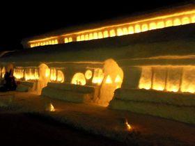 雪と灯火で幻想的な旅籠再現!月山志津温泉「雪旅籠の灯り」