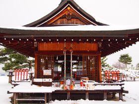 『曇天に笑う』モデル地!近江の景勝地「唐崎神社」は雪景色がいい