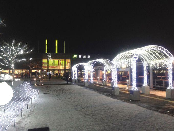 魅力的な街『函館』海に浮かぶBIGツリーで感動のクリスマス