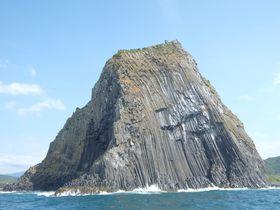 ハラハラドキドキの遊覧船から福岡「芥屋の大門」の迫力ある奇岩を楽しもう!