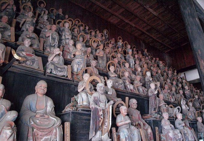 彦根の粋なスポット、名庭と五百羅漢~天寧寺・龍潭寺~