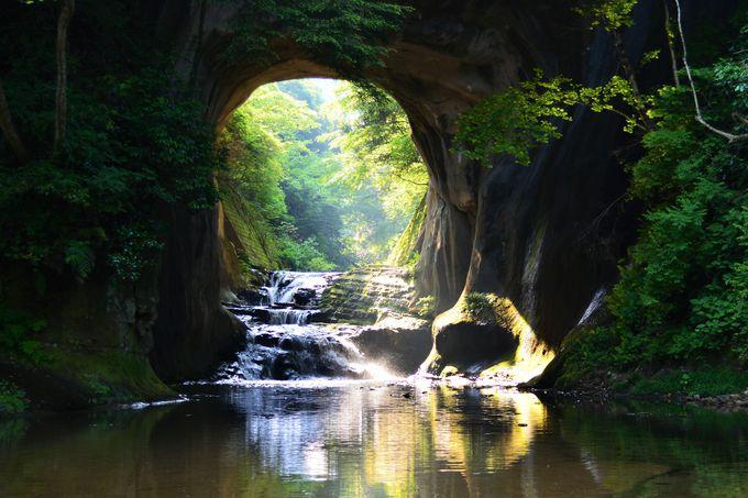 房総のプチ秘境へ!ファンタジックな濃溝の滝へ行こう!