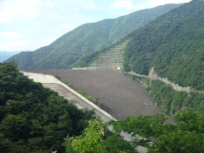 総貯水容量日本一!岐阜県揖斐川町「徳山ダム」を見学