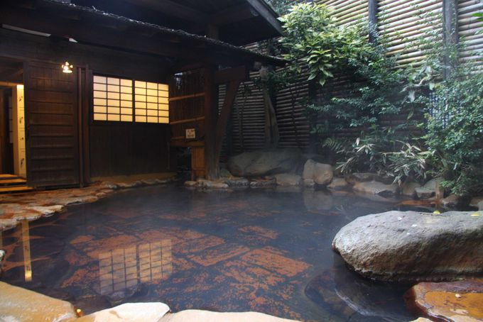 入湯手形で温泉はしご♪情緒ある黒川温泉街を浴衣で散歩しよう!