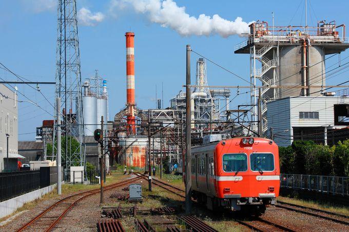 富士山と茶畑と製紙工場一望!静岡県富士市を走る岳南電車ビュースポット
