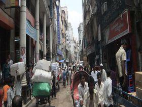 熱気満ち溢れるバングラデシュの首都ダッカ!日本ゆかりのリキシャで巡る旅!