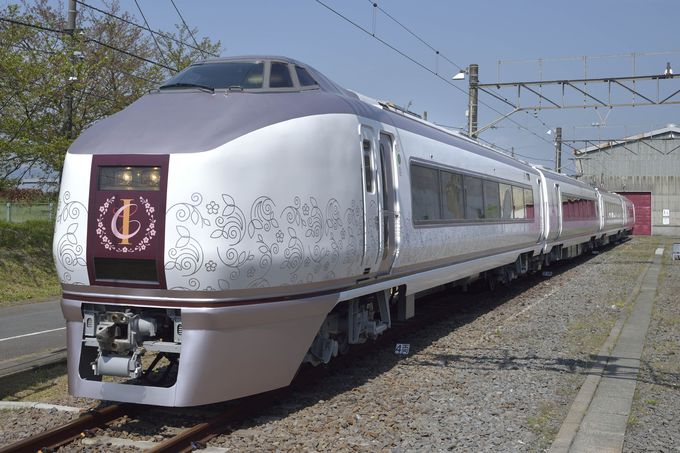 渋滞・混雑なし!リゾート列車「伊豆CRAILE」で伊豆グルメを味わう旅