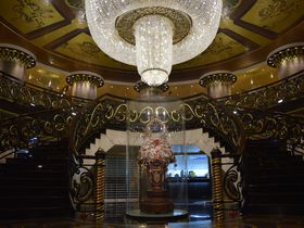 古き良きマカオを感じるなら「ホテル・リスボア」