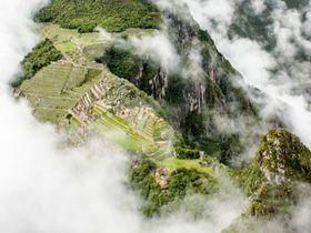 神秘的!ワイナピチュから眺める世界遺産マチュピチュ