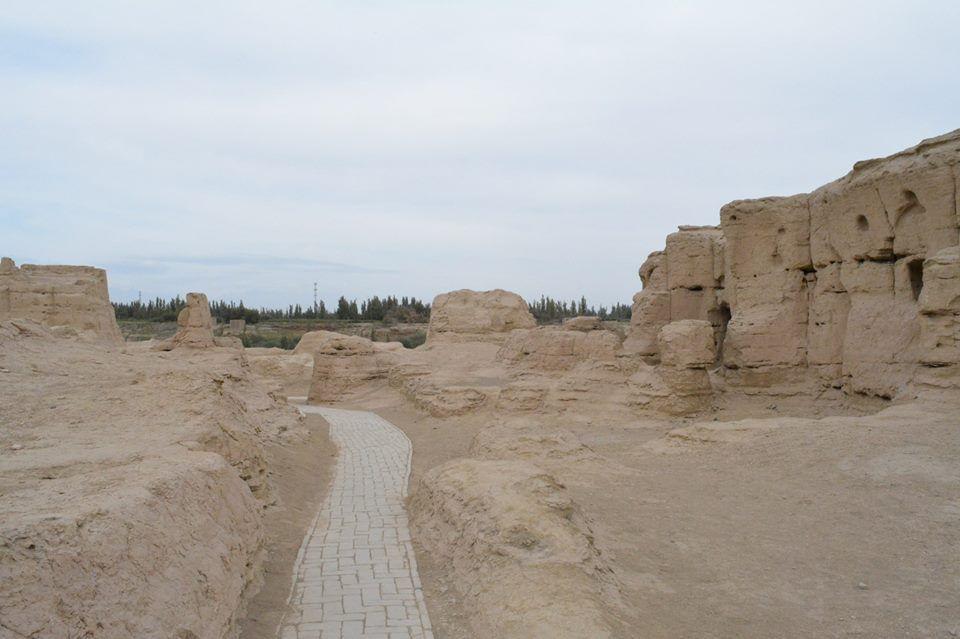 中国唯一の都市遺跡、世界遺産「交河故城」