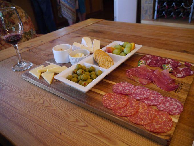 Maison and La Belle Vie ワイナリーで優雅な昼食