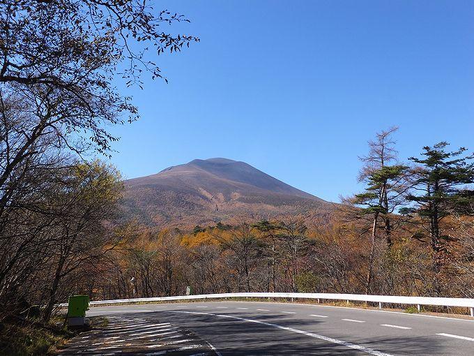 国道146号線を長野県軽井沢町に入ると、浅間山がお出迎え