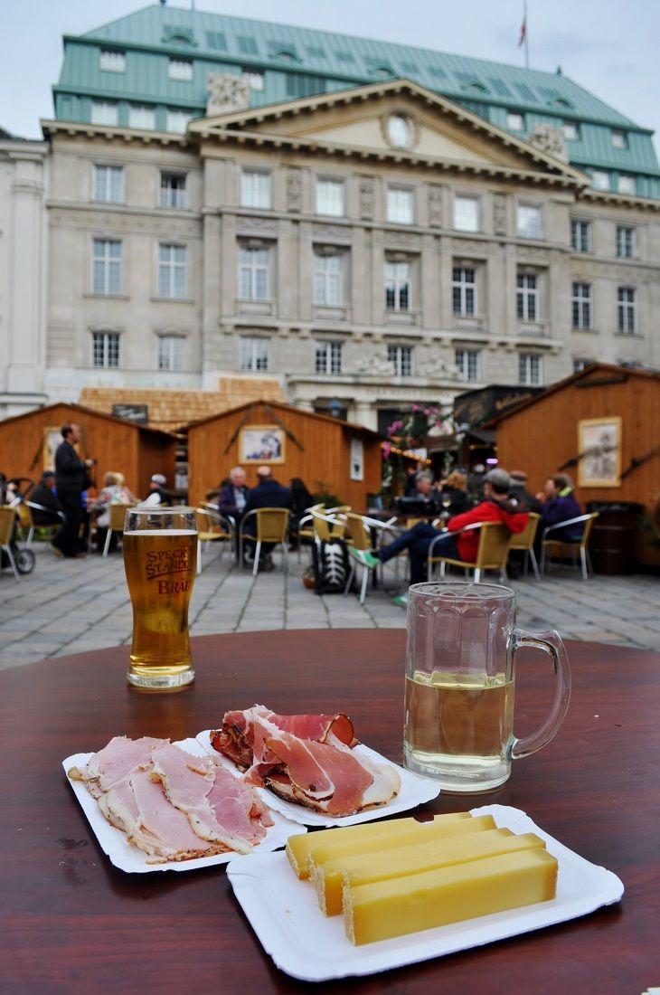 世界遺産、ウィーン旧市街地でのイースターマーケット〜Am Hof〜