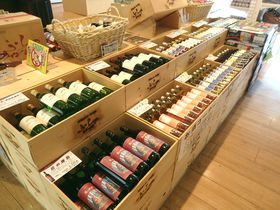 富良野のものが集まった「フラノマルシェ」。「マルシェ2」もオープンでさらに充実!|北海道|トラベルjp<たびねす>