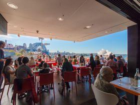 シドニーハーバーの絶景を一望できるMCAカフェでランチ
