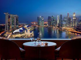 「ザ リッツ カールトン ミレニア シンガポール」はマリーナ・ベイにある贅沢の極み