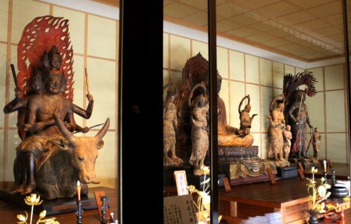 仏像マニアならずとも一度は見たい!大分「真木大堂」