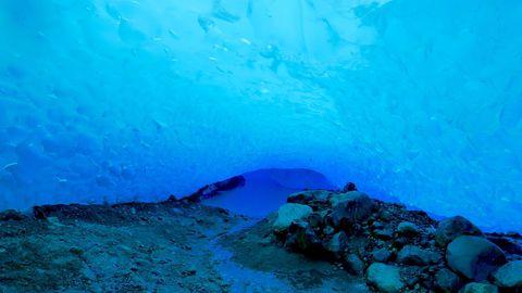 高くて青い!?アルゼンチンの歩ける氷河