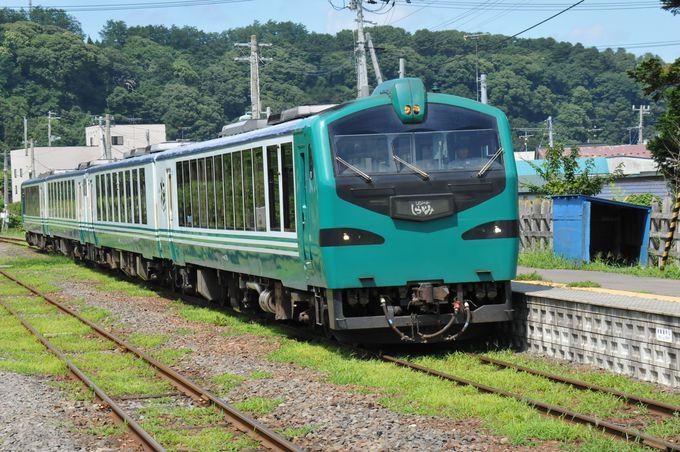 快速列車「リゾートしらかみ」