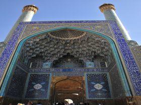 イランの古都イスファハン、絢爛たるペルシャの世界に浸る!