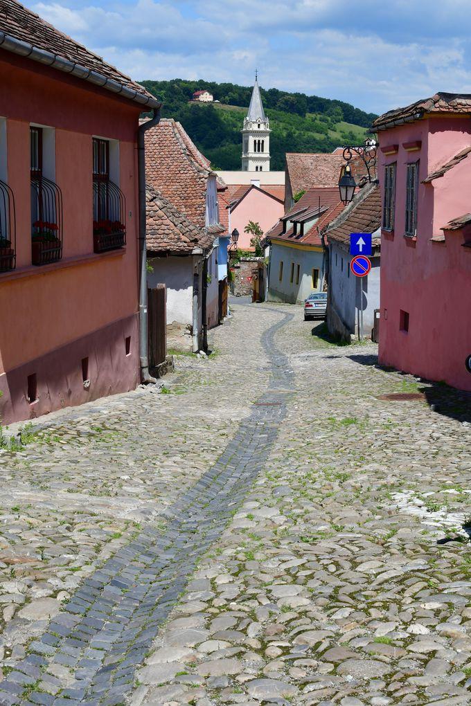 ぶらぶら歩きにピッタリ、旧市街の街並
