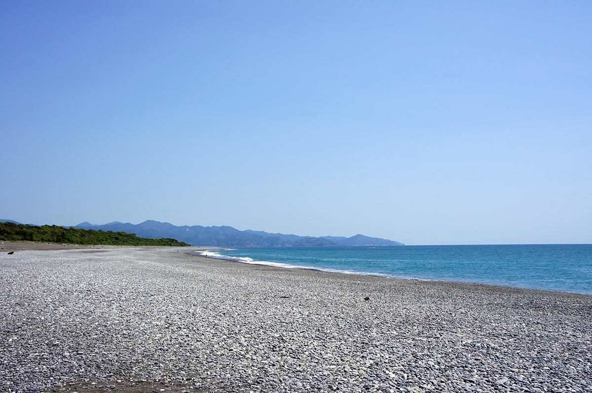 日本一長い砂礫海岸「七里御浜」