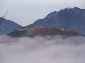 竹田城まで車で行きたい!雲海の見られるビュースポット巡り~立雲峡(兵庫県朝来市)|兵庫県|トラベルjp<たびねす>
