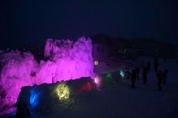 氷の造形美「氷瀑」