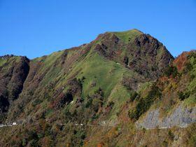 まさにスカイウォーク!愛媛・瓶ヶ森UFOラインは絶景ドライブ&絶景ハイキング|愛媛県|トラベルjp<たびねす>