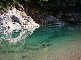 銚子川ブルーは水色の奇跡!思わず息をのむ三重・魚飛渓の絶景スポット