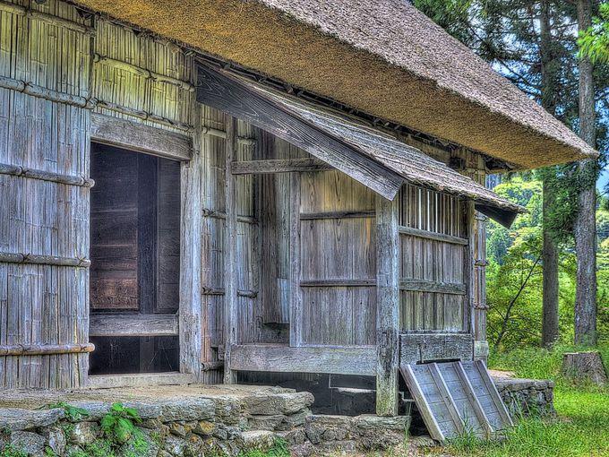 江戸末期築の素朴な民家 重要文化財の小采家住宅