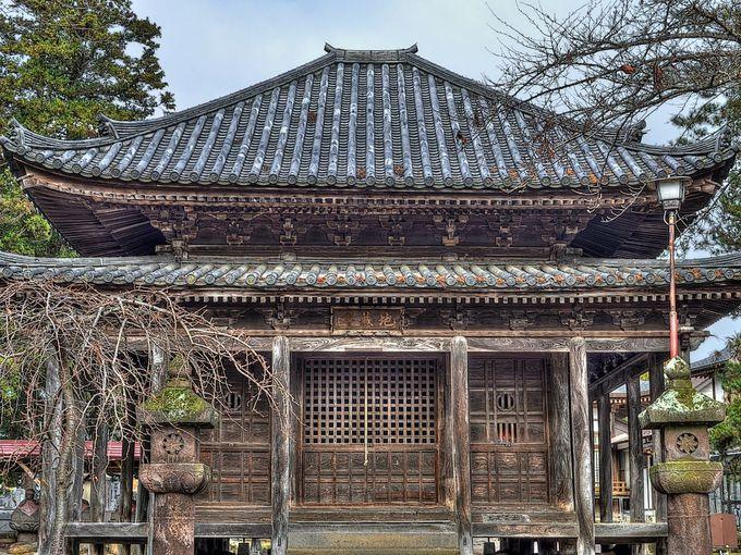 ちょっと変わった禅宗様仏殿の藤倉二階堂(延命寺地蔵堂)