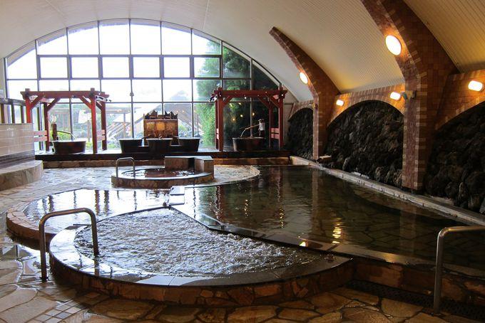多彩な風呂が揃う 阿蘇健康火山温泉