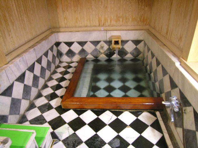 シーボルトも入浴した殿様湯