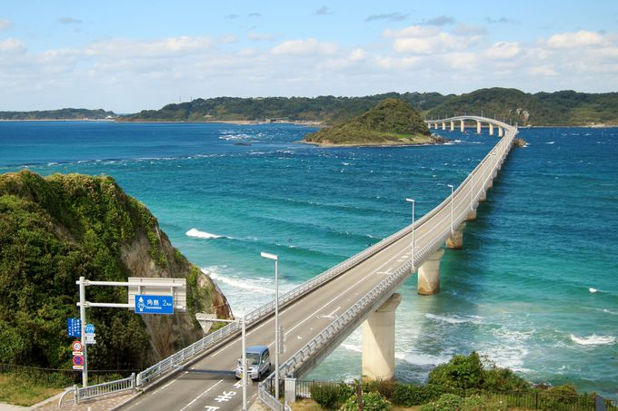 超人気の観光スポット 角島大橋