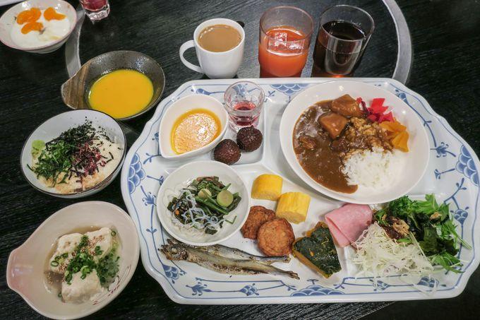 名物料理「さくらさくら焼鍋」や「桜さつま鍋」を味わおう