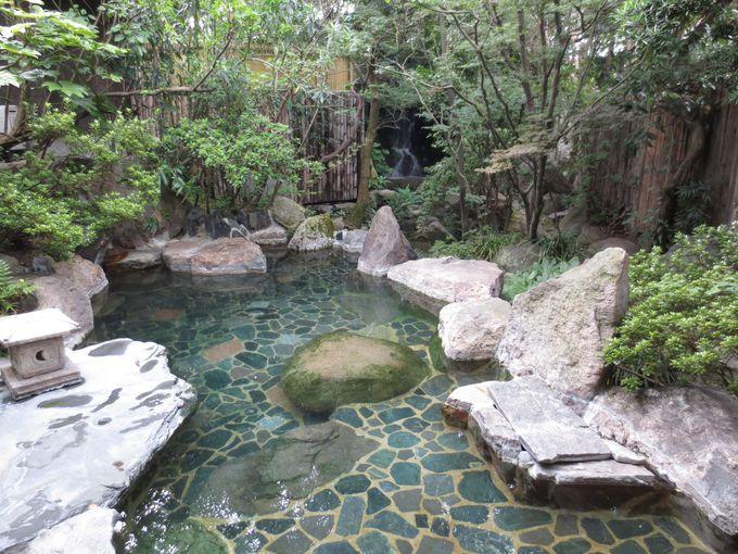 ユニークなジャングル風呂を始め、多彩なお風呂が楽しい