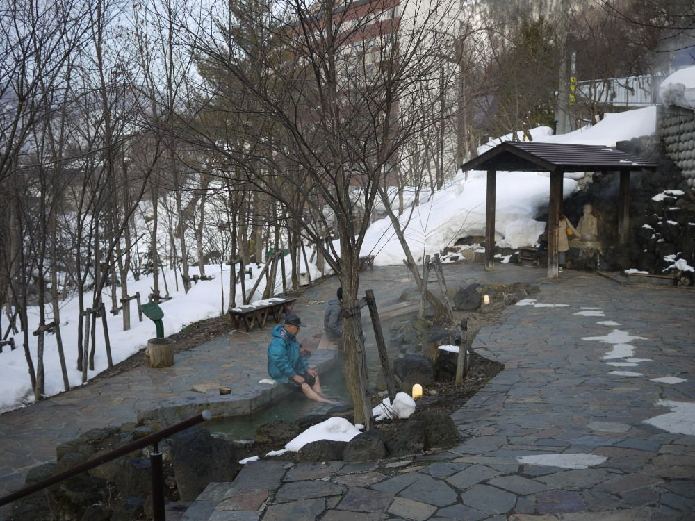 寒い冬は、足湯でぽかぽか温まろう