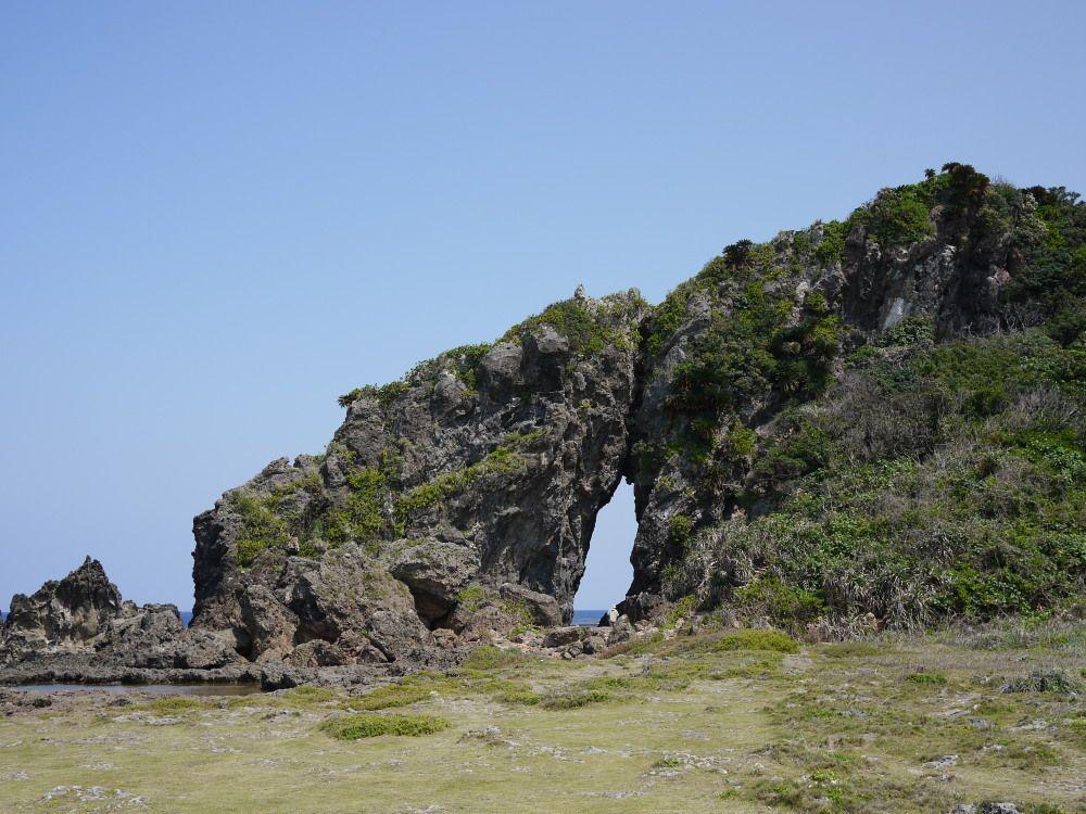6.ミーフガー(女岩)