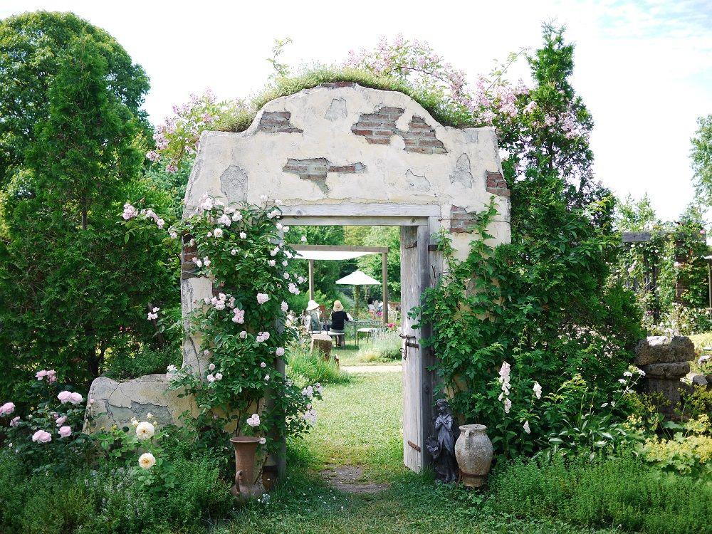 「小さなバラの村」は癒しの空間