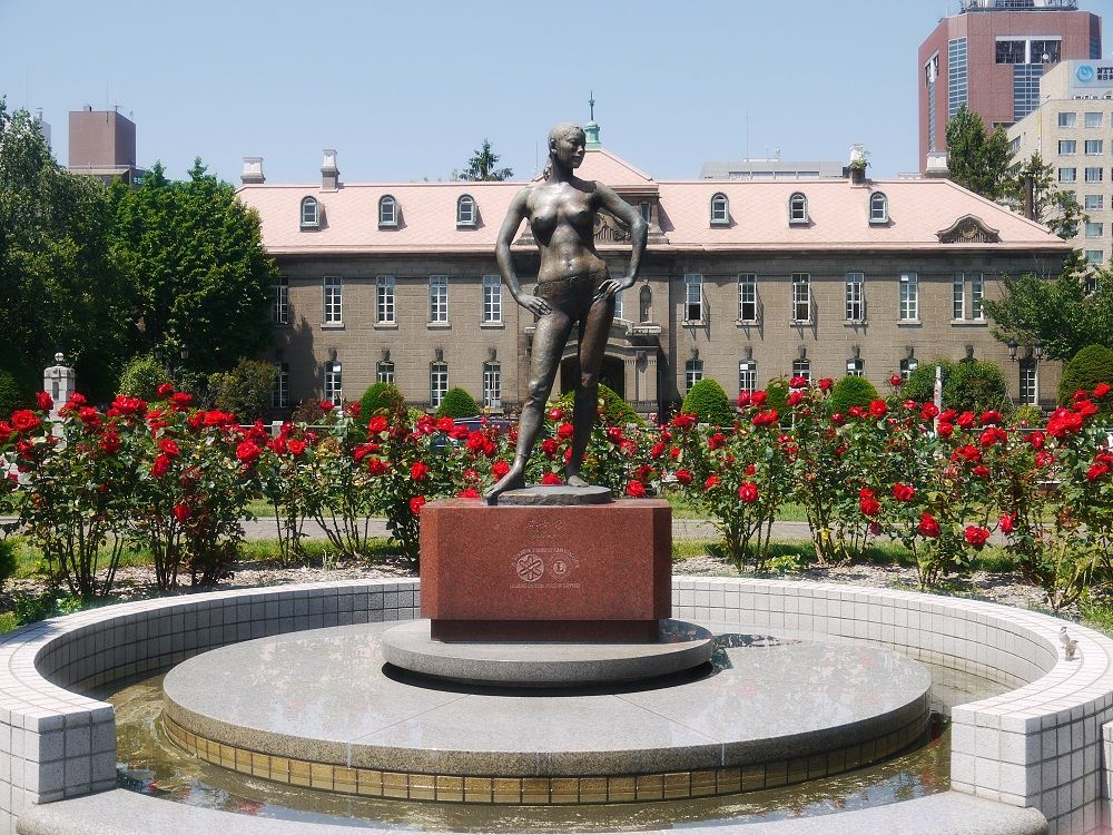 札幌市資料館とバラの風景はオススメ撮影スポット!