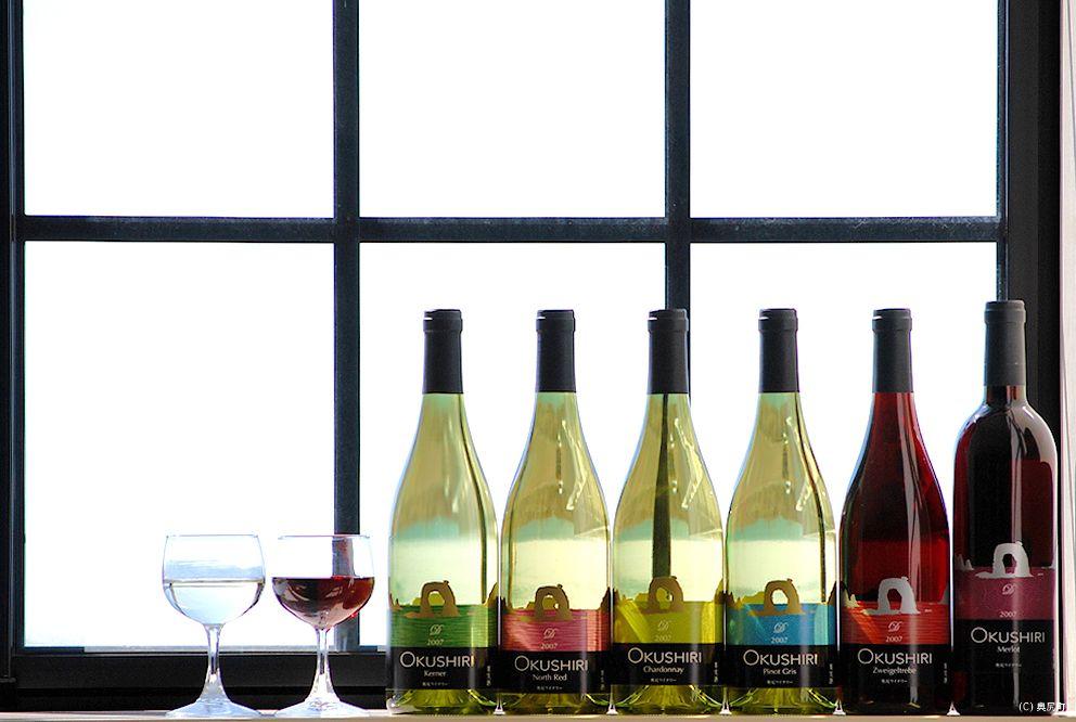 北海道・奥尻島「奥尻ワイナリー」は海を感じるワインが特徴