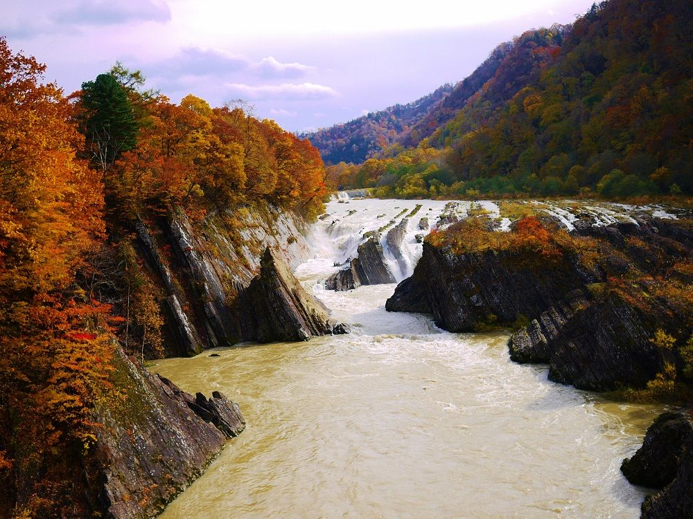 滝の上公園で一番の絶景スポット!「千鳥ヶ滝(ちどりがたき)」