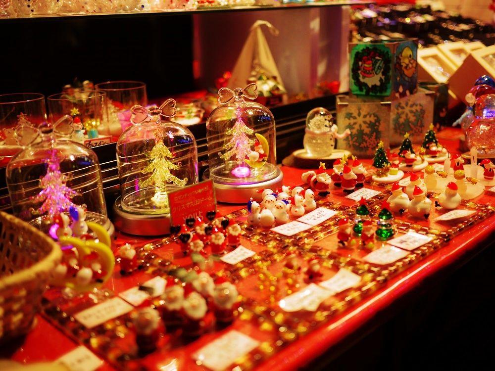 お気に入りのクリスマス雑貨を見つけよう