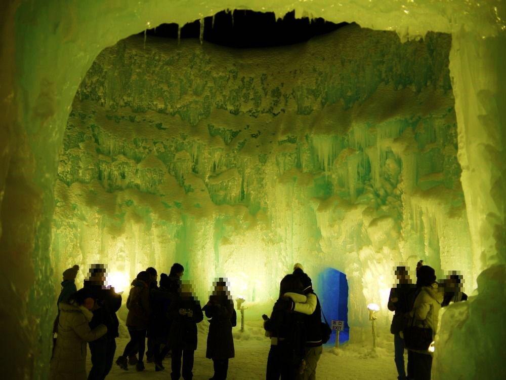 巨大な氷の壁!「ビッグマウンテン」