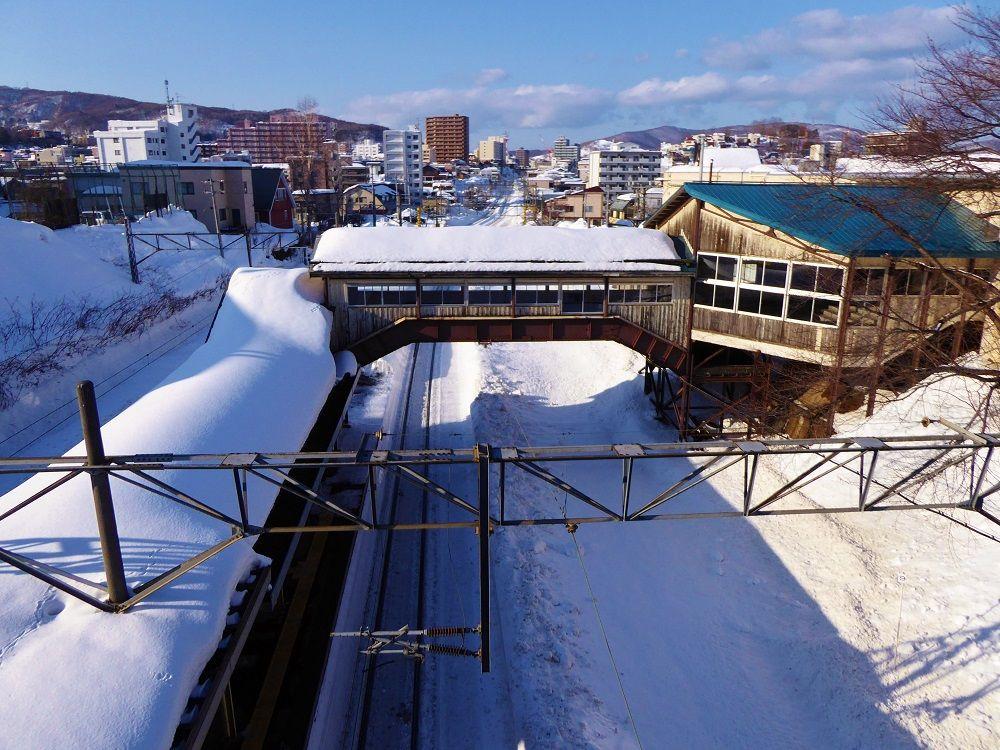 歩く小樽市内中心部観光の出発は「JR南小樽駅」から